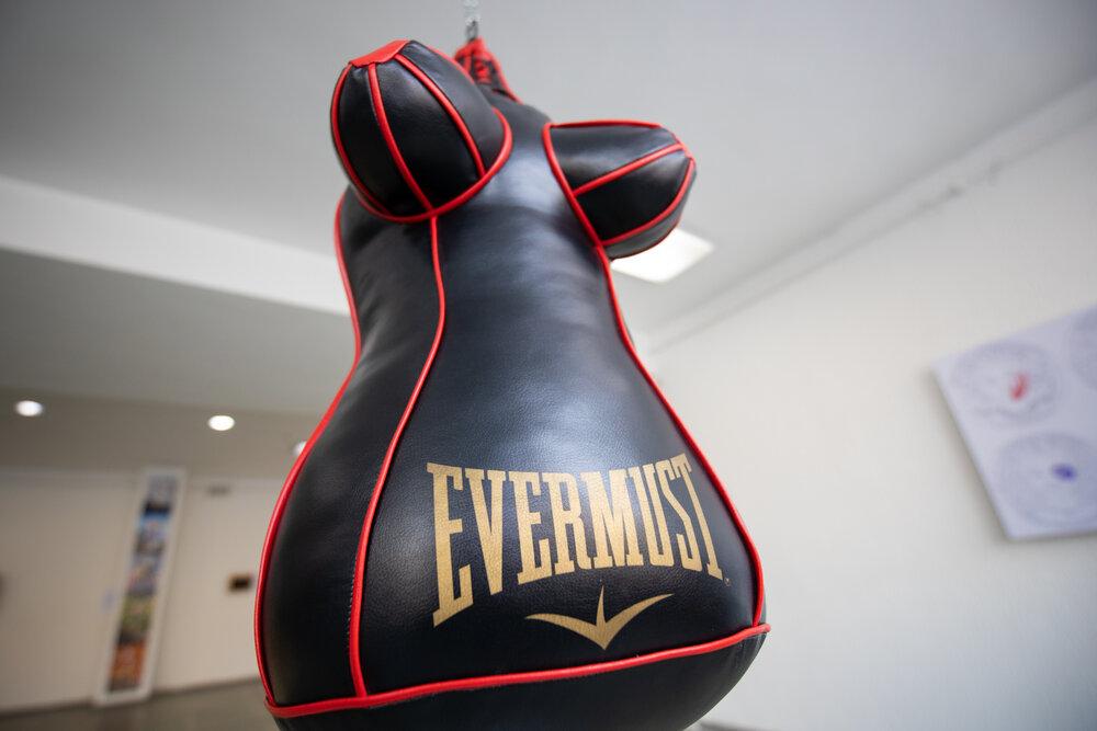 «Evermust — Весь час всім винна», Зоя Фалькова, Казахстан.  Роботу було цензуровано