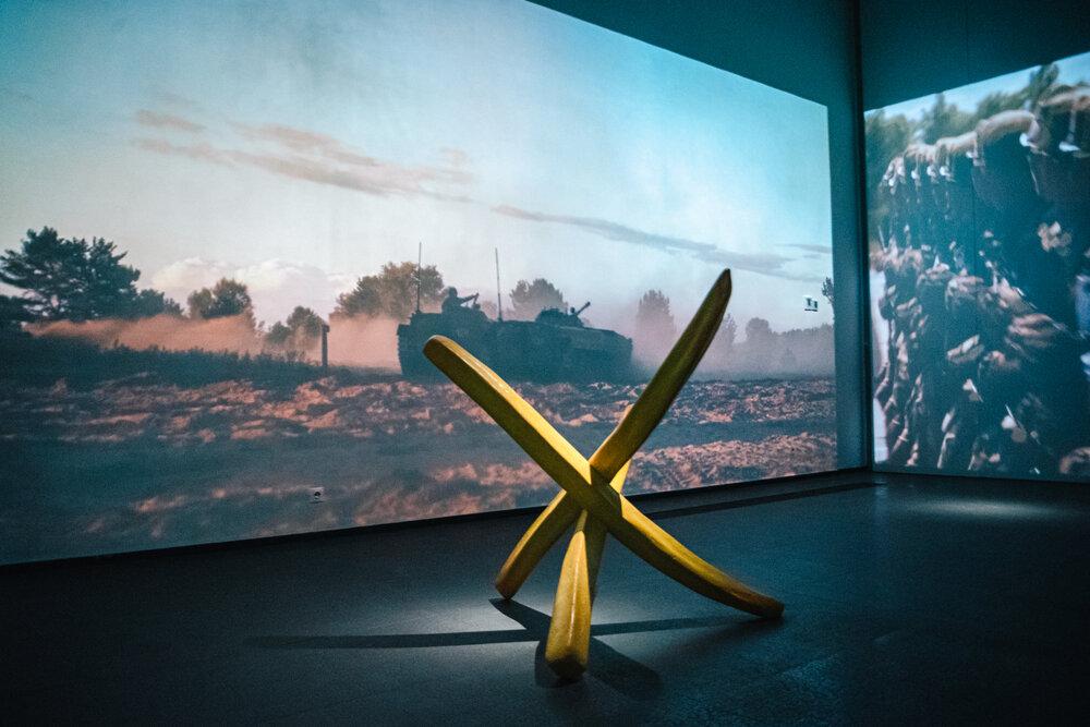 Експозиція проєкту «Ѓолоса любові» в М17. Світлина: Руслан Сингаєвський