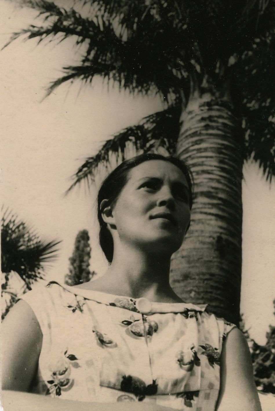 Алина Ламах. Сухуми, 1959