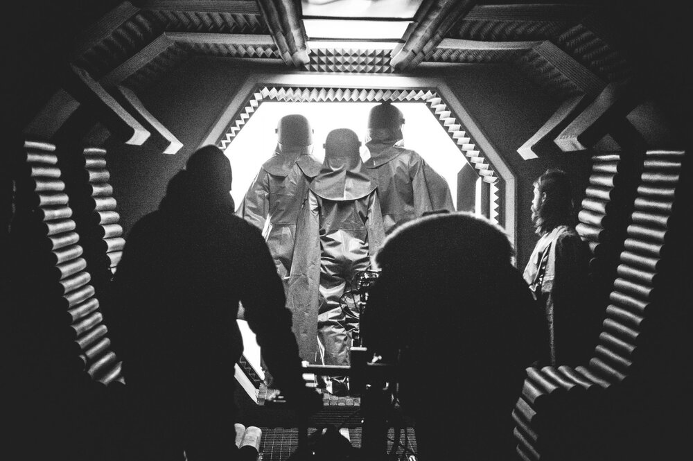 На фото: на знімальному майданчику фільму «Свято Хризантем» режисера Семена Мозгового. Автор: Роман Закревський