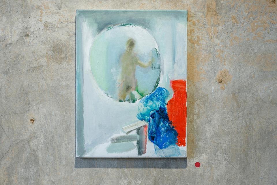 Світлина з експозиції Люсі Іванової «Річ не в собі» у The Naked Room, Євген Нікіфоров