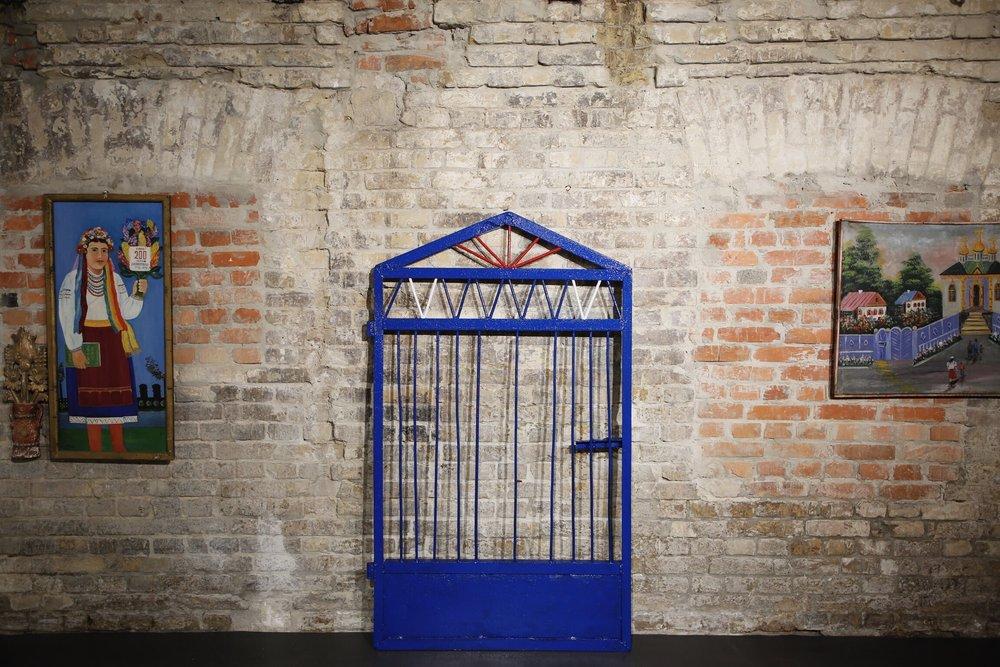 Проєкт у рамках спільної виставки «Небо Синє-Синє» з Яремою Малащуком та Романом Хімеєм, 2018. Світлина: Марія Павлюк