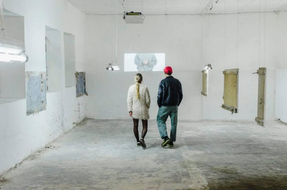 Виставка «Місце», Відкрита група, Closer, 2013 рік. Світлина: Костянтин Стрілець