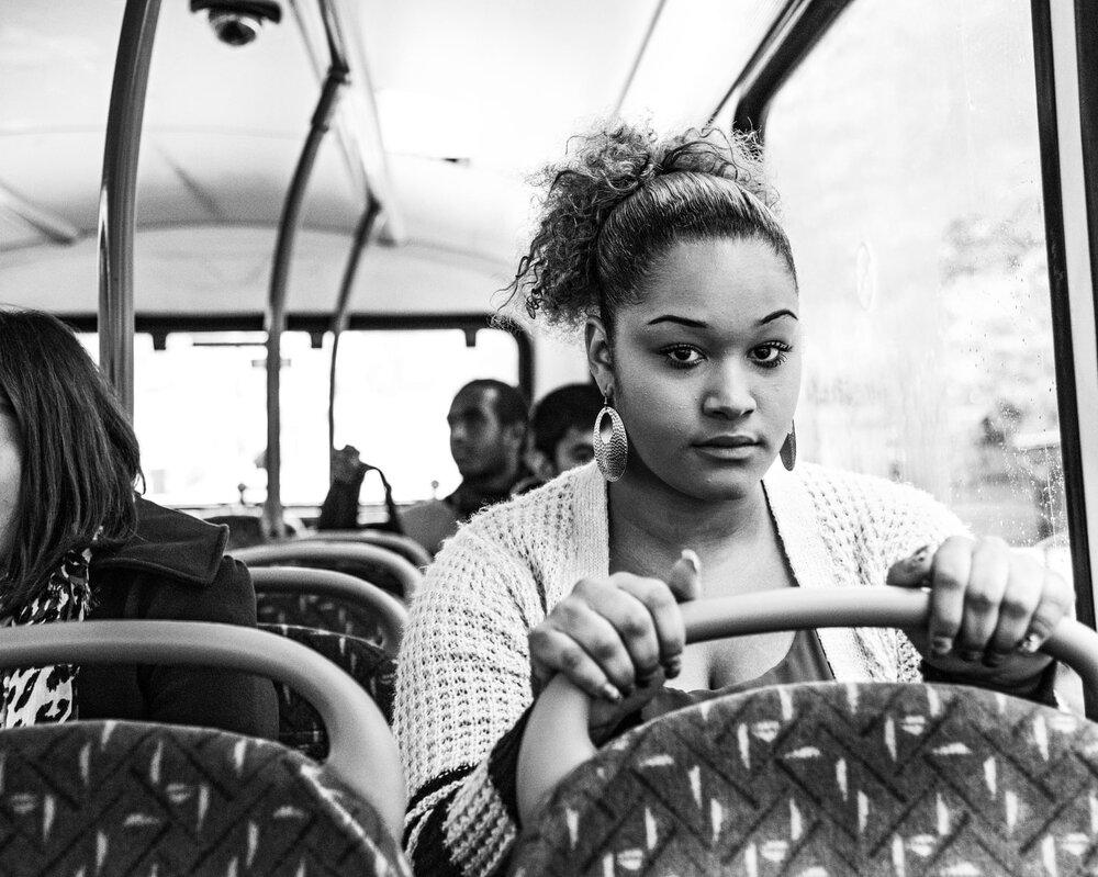 Тіарні Уілер у 15 років зламала щелепу суперниці в автобусі №23