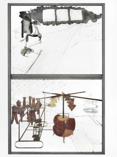 The Bride Stripped Bare by Her Bachelors, Even (The Large Glass) (1915-23) ©THE PHILADELPHIA MUSEUM OF ART  Ця робота має глибоко сексуальну конотацію. Наречена, образ, який часто повторює Дюшан, стоїть навпроти холостяків, піднімаюче їхнє лібідо