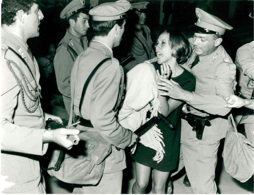 Арешти демонстрантів на Венеціанському міжнародному кінофестивалі 1968 року. Фото: Ферруцці
