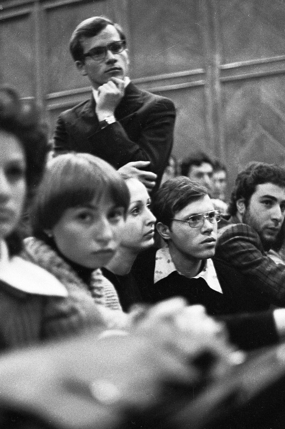 Віктор Марущенко. Концерт авторської пісні в Інституті медицини, 1976 рік