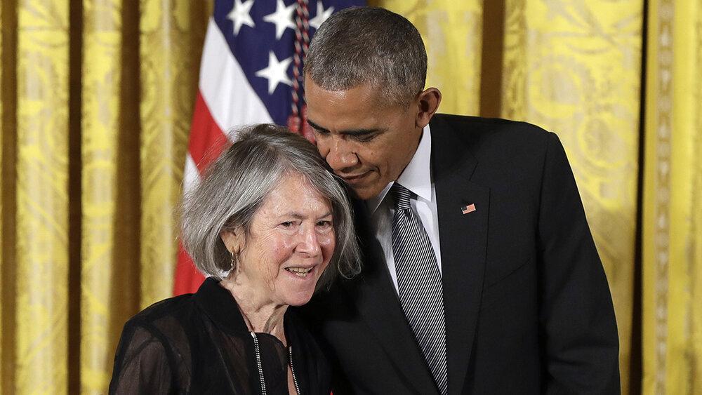 Луїз Глюк і Барак Обама, 2016. Фото: The Associated Press