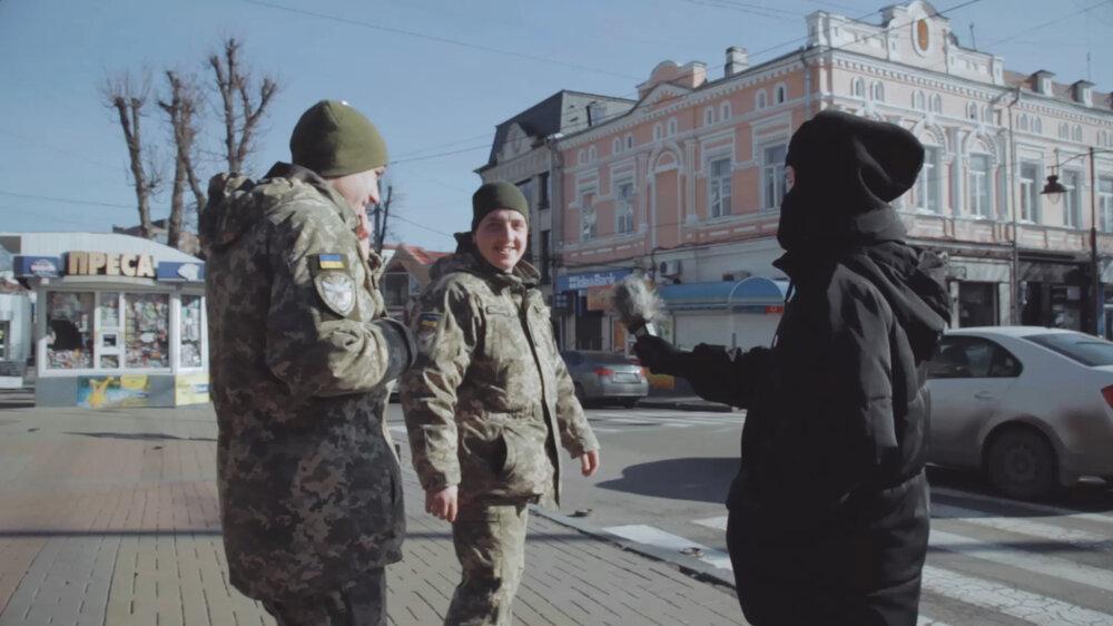 Валентина Петрова та Анна Щербина, «Посестри», скріншот із відео, 2019