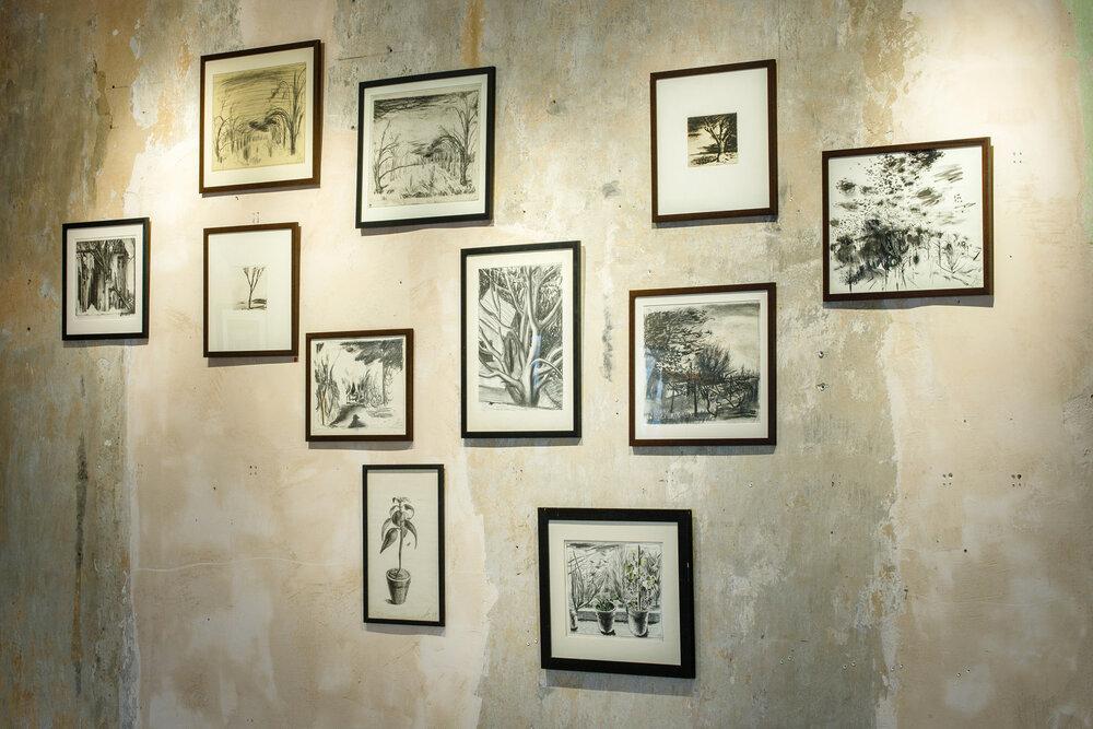 Фрагмент экспозиции выставки «Безна» в The Naked Room