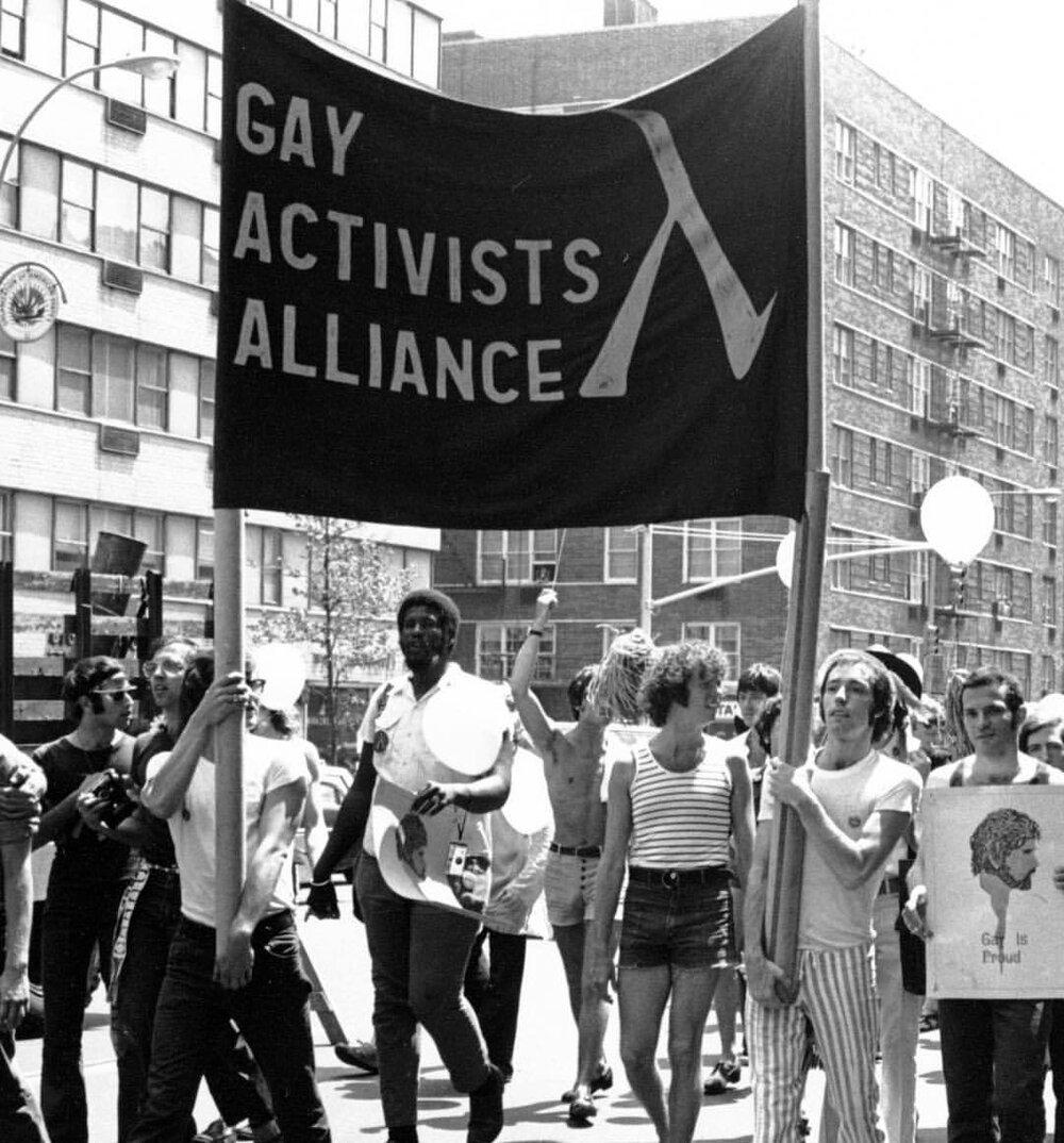 Представники «Фронту визволення геїв» та «Альянсу гей-активістів»