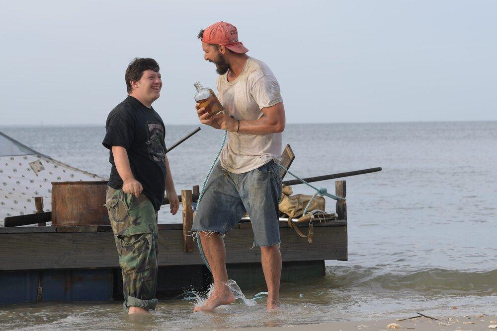 Фото: Зак Готцаген, Шіа Лабаф у фільмі «Сокіл арахісового масла». Imdb.com