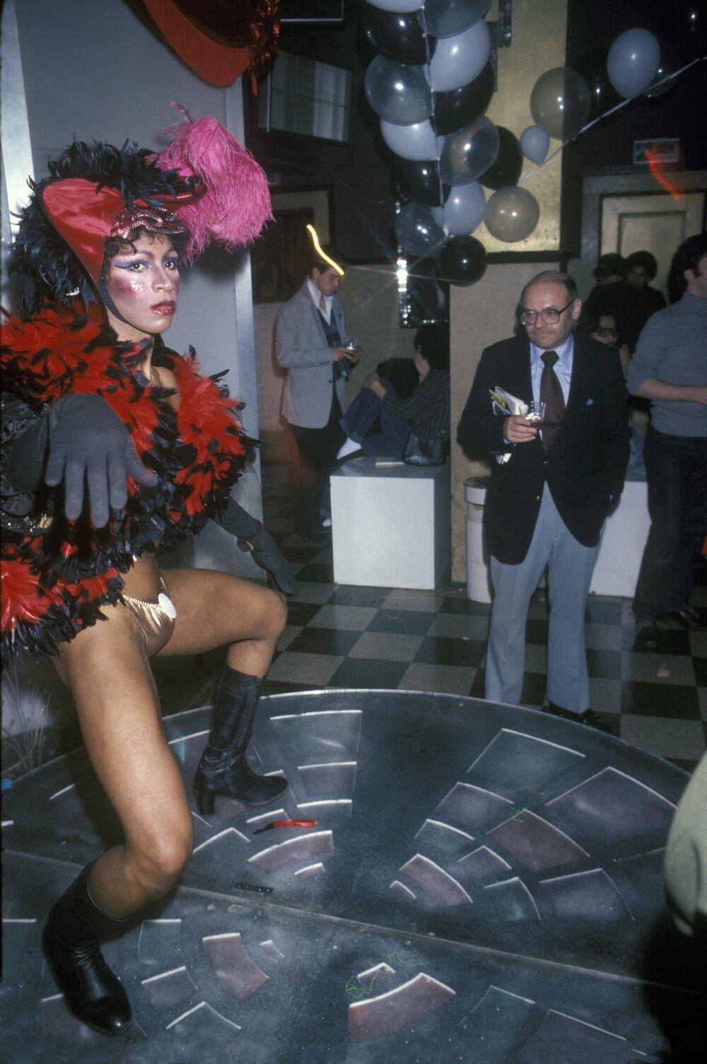 Танцівник у одній із дискотек Нью-Йорка (фотограф Waring Abbott)