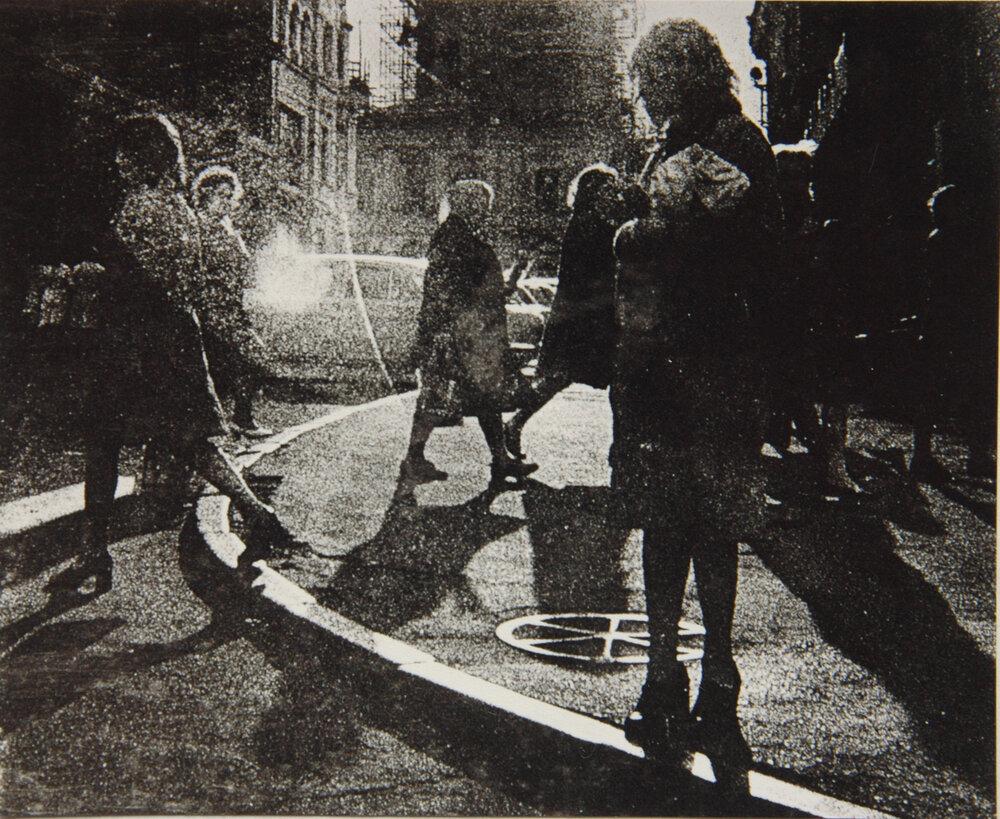 Анатолий Макиенко. Город. 1974, серебряно-желатиновая печать. Собственность автора.