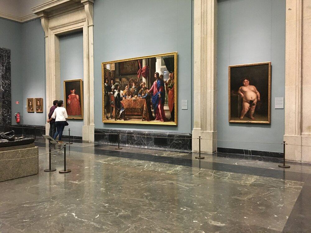 Експозиція музею Прадо з роботами Хуана Карреньо де Міранда та Хуана де Пареха