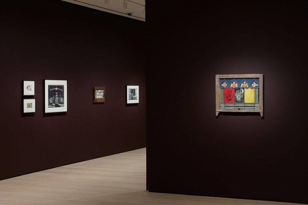 Вид экспозиции «Легенды. Окна черной девочки», 2019, МоМА