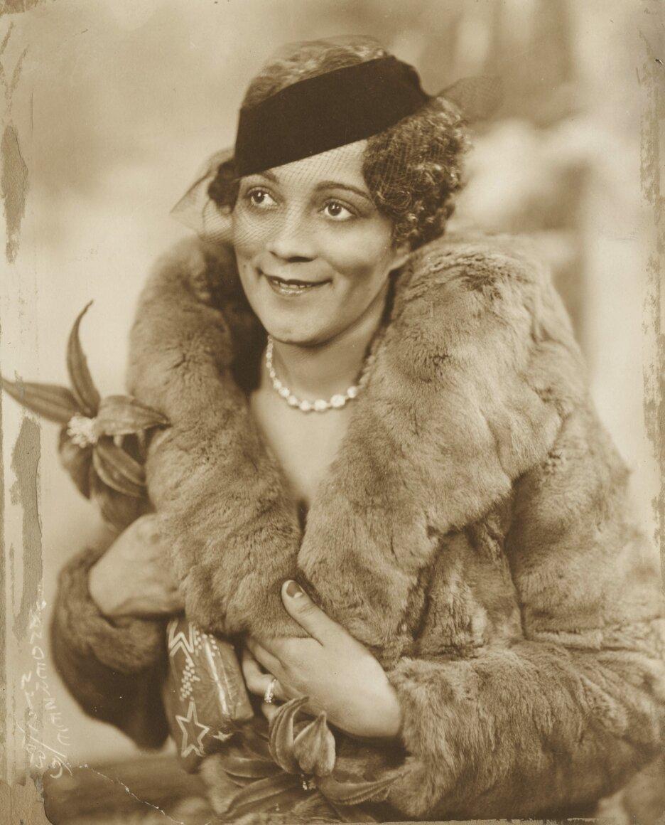James Van Der Zee,  Lady with Large Fur Collar , 1939