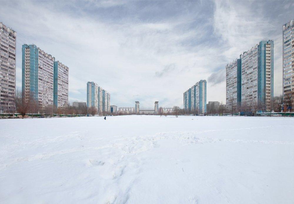 Комплекс бетонних блоків 1980-х років у м. Ясенево, Москва