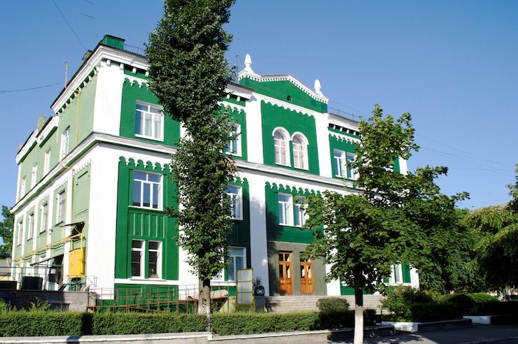 Велика хоральна синагога у 2011 році. Світлина: Роман Наумов, Wikipedia