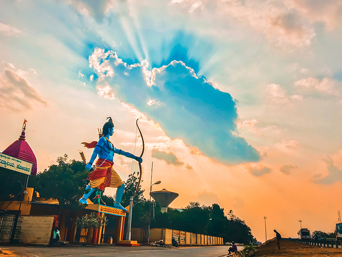 «Пронизує небо». Світлина: Sreekumar Krishnan