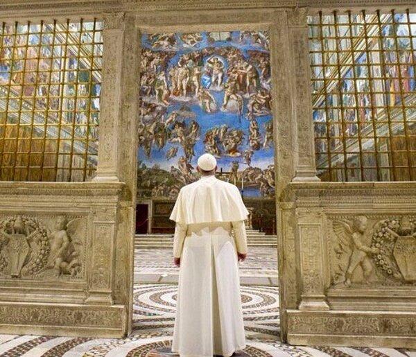 Папа Франциск у Сикстинській каплиці. Світлина: Instagram
