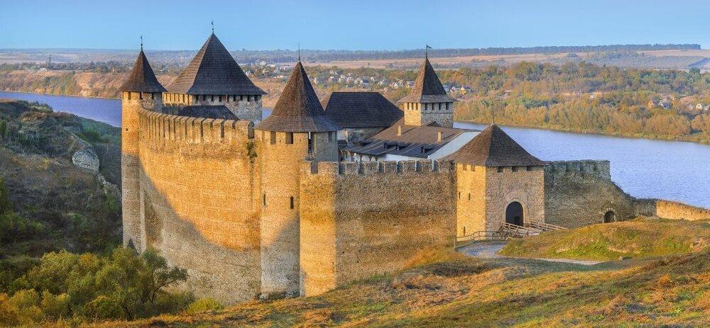 Хотинська фортеця, Чернівецька область. Світлина:  myukraine