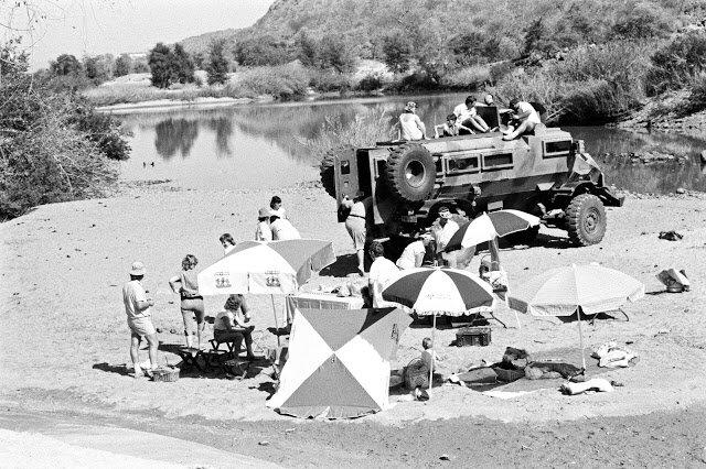 Пікнік на річці Кунене, 5 листопада 1987. Світлина:  notmywarproject