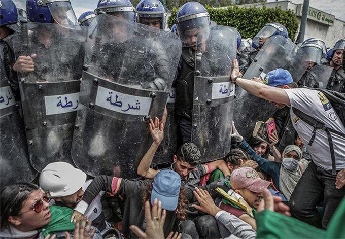 Сутичка з поліцією під час антиурядової демонстрації, Фарук Батіше