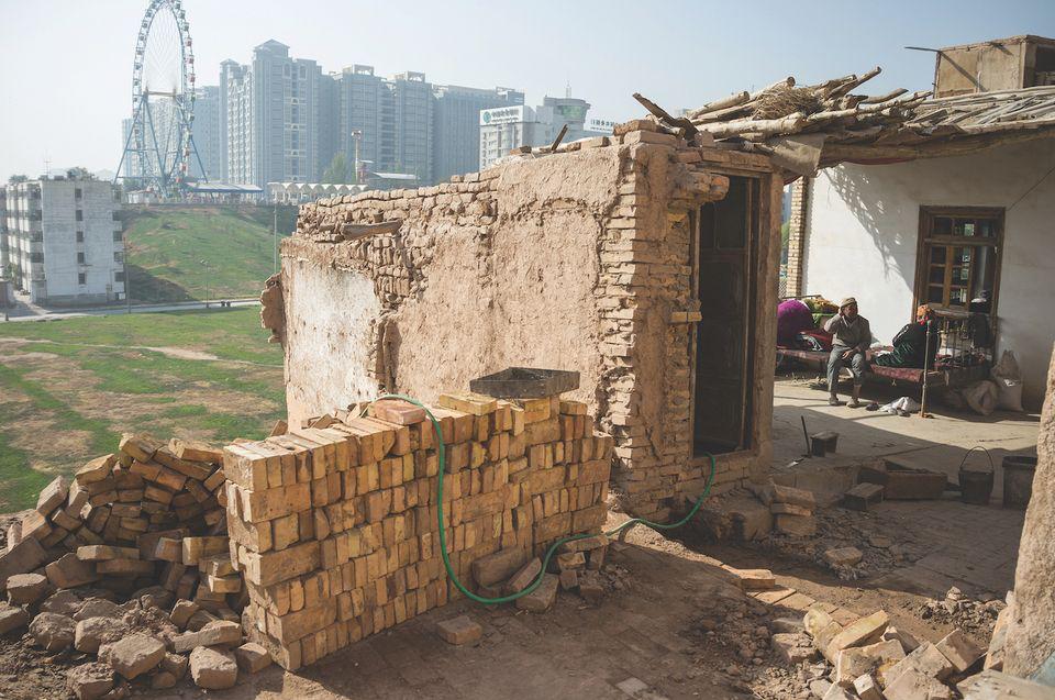 Зруйноване місто Кашгара  @ 2012 Wulingyun