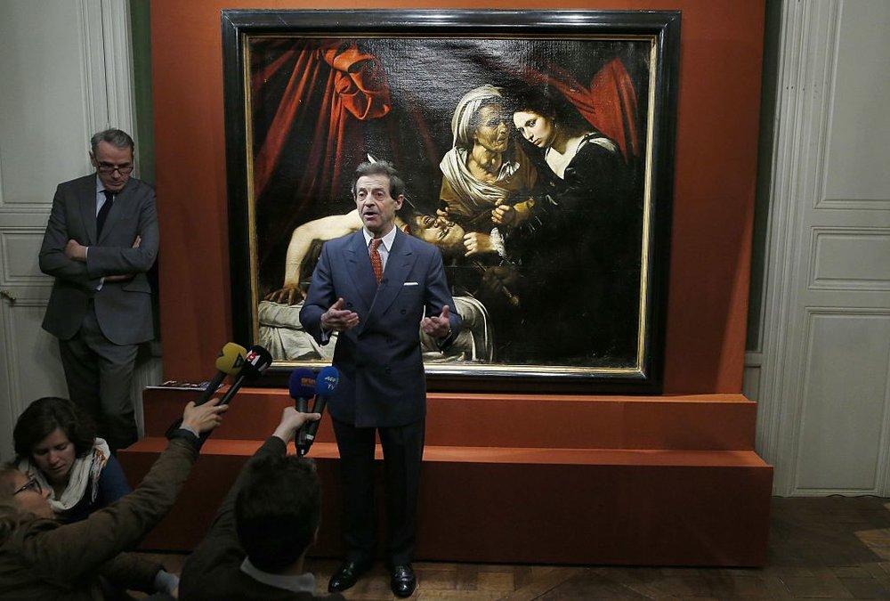 Представник аукціону заявляє про купівлю картини