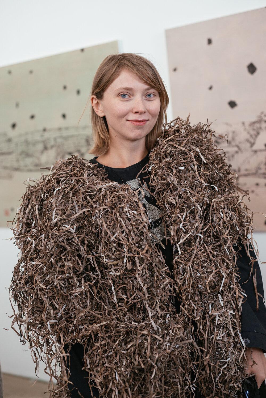 Юлія Бєляєва зробила шубу з водоростей
