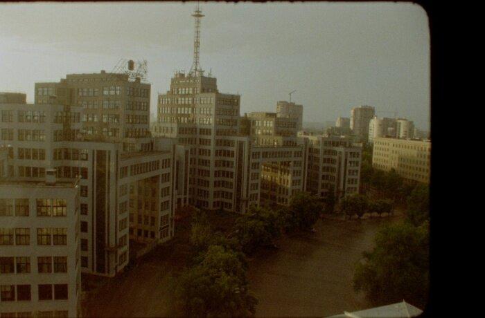 Кадр з фільму «Будинок»