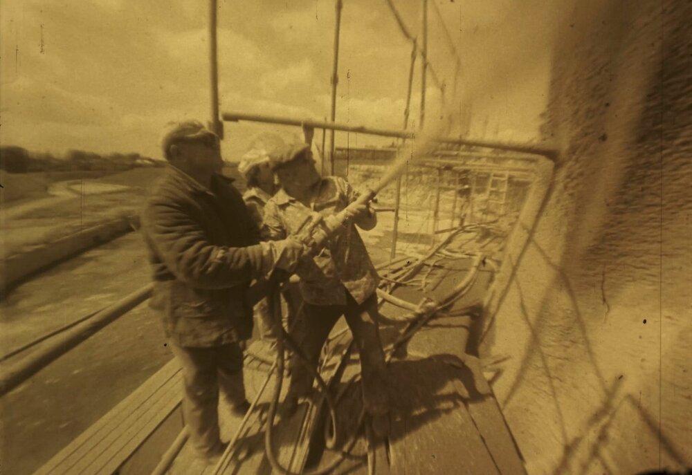 Архівні кадри Едуарда Тімліна, зроблені під час будівництва Стіни пам`яті