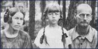 Із дружиною Вандою та донькою Ярославою, 1924 рік